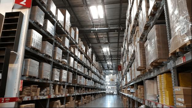 Временное хранение мебели на складе